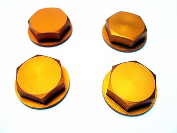 Wheel Nuts Enclosed (orange)