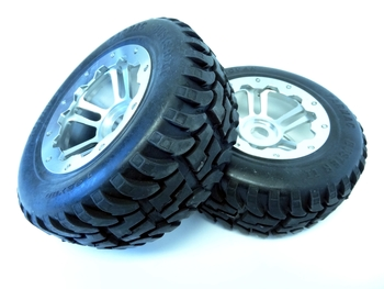 Baja Truck Rear Mud Terrain Tires On CNC Aluminum, Alloy Rims (set of 2)